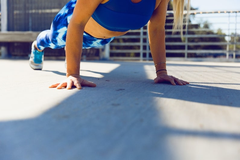 full body workout plank hold